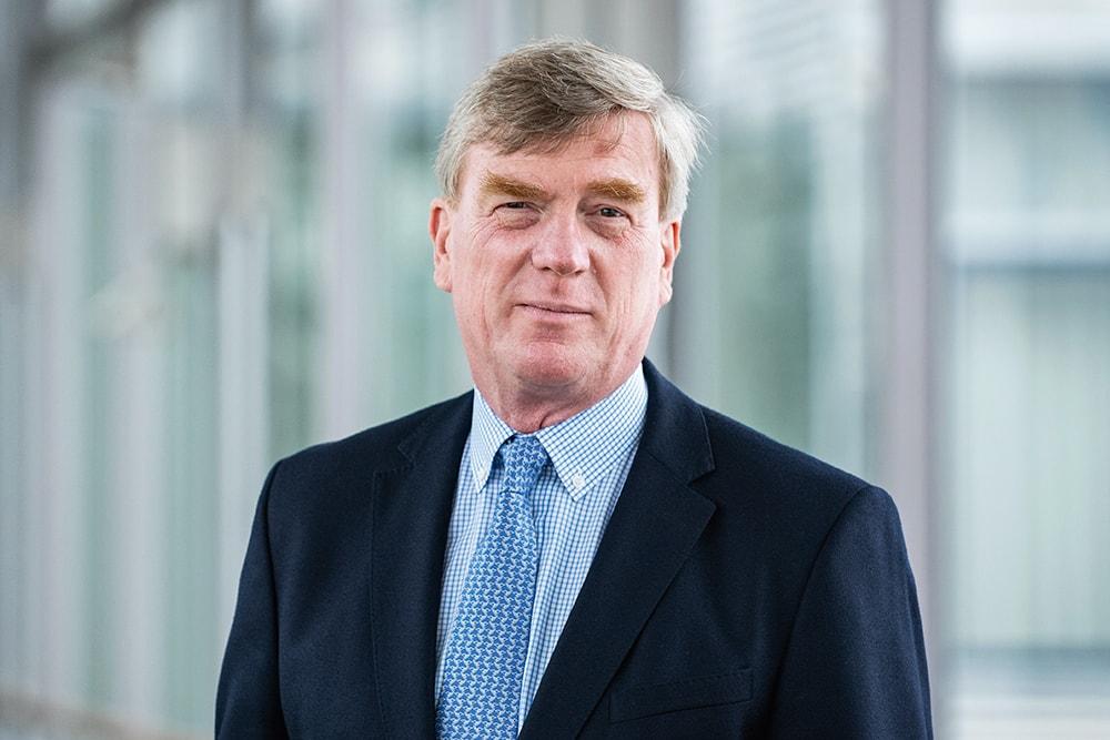Prof. Dr. med. Clemens von Schacky Geschäftsführer / Managing Director